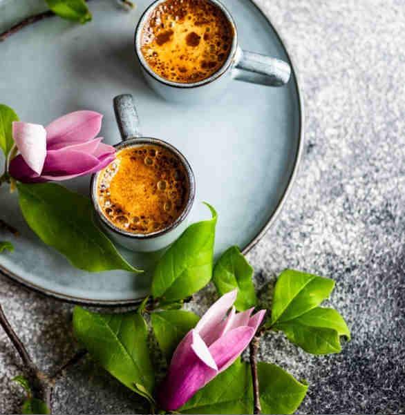 Flores en el Desayuno
